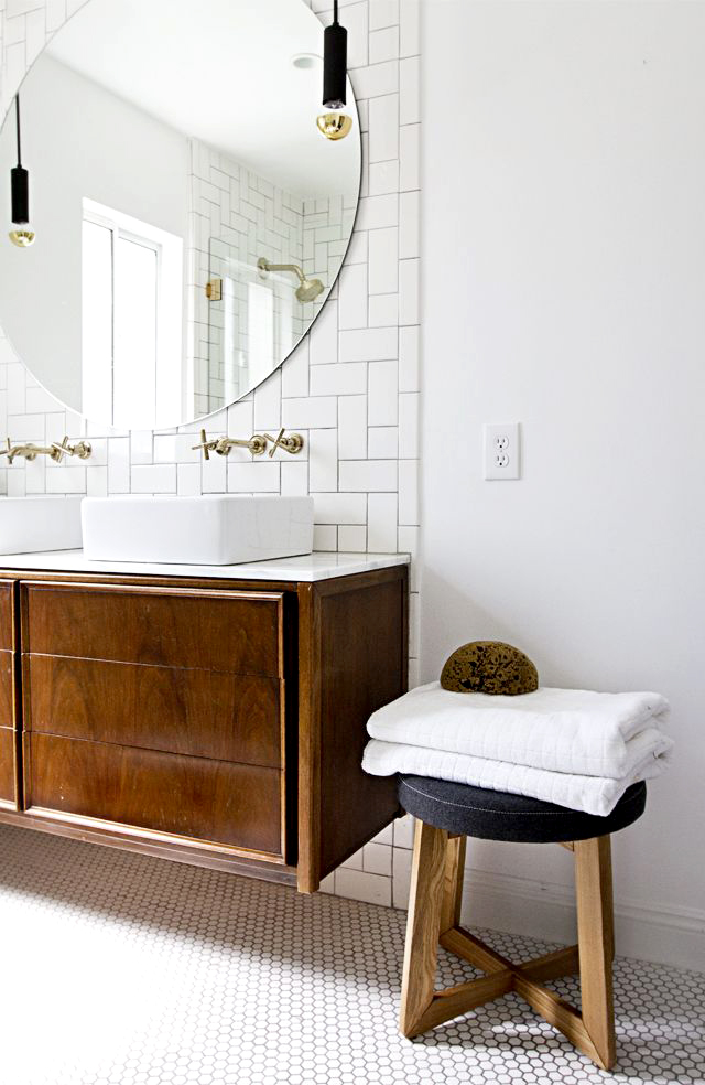 Chicdeco blog bathroom trends golden fixtures faucets for Bathroom faucet trends