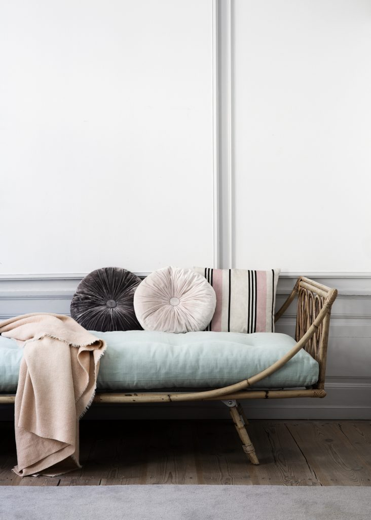Chicdeco Blog Vintage Revival Rattan Daybeds